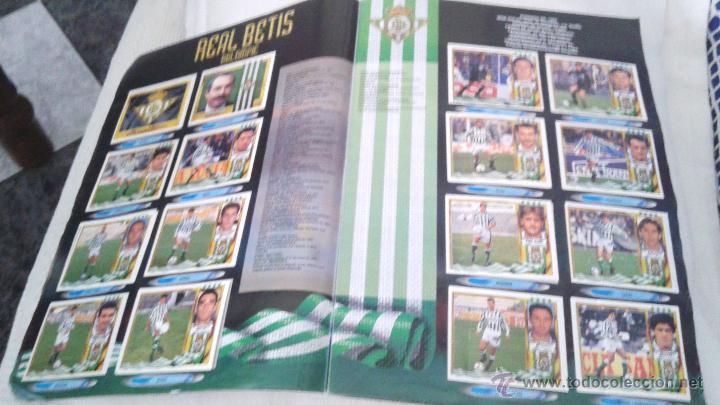 Coleccionismo deportivo: ALBUM ESTE 95-96 MUY COMPLETO CON VARIOS DOBLES, COLOCAS FICHAJE. VERSION SIN ALBACETE / VALLADOLID - Foto 37 - 50460482