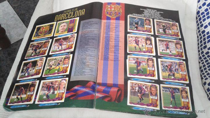 Coleccionismo deportivo: ALBUM ESTE 95-96 MUY COMPLETO CON VARIOS DOBLES, COLOCAS FICHAJE. VERSION SIN ALBACETE / VALLADOLID - Foto 39 - 50460482