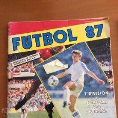 Coleccionismo deportivo: FUTBOL 87 PANINI CON 180 CROMOS SE VENDEN SUELTOS . Lote 52552357