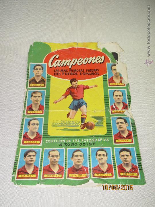 ALBUM DE CROMOS CAMPEONES LAS MAS FAMOSAS FIGURAS DEL FUTBOL ESPAÑOL AÑO 1953-54 (Coleccionismo Deportivo - Álbumes y Cromos de Deportes - Álbumes de Fútbol Incompletos)