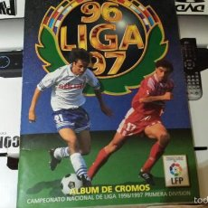 Coleccionismo deportivo: ESTE 96-97 ALBÚM MUY COMPLETO CON LA VERSIÓN DIFICIL DE SECRETARIO (MUY NUEVO) VER FOTOS. Lote 60729511