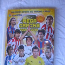 Coleccionismo deportivo: ALBUM. COLECCION OFICIAL DE TRADING CARDS. MEGA CRACKS 2009/10. CONTIENE 101 CROMOS. Lote 71788167