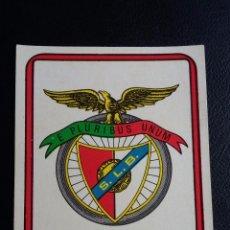Coleccionismo deportivo: FÚTBOL 75/76 - EDICIONES VULCANO - 317 ESCUDO BENFICA - ( NUNCA PEGADO ). Lote 82897072