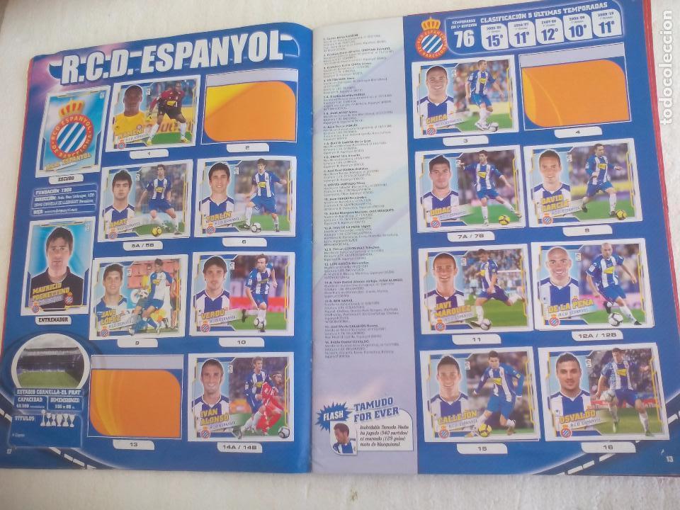 Coleccionismo deportivo: Album de Cromos Liga 2010 2011, Liga de Futbol, colecciones Este, Panini. Unos 300 cromos - Foto 7 - 92008840