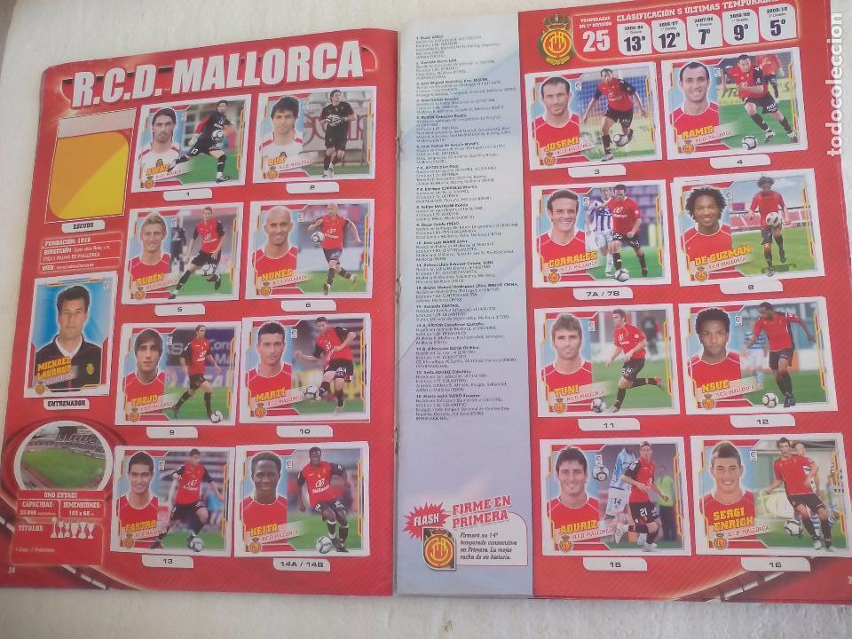 Coleccionismo deportivo: Album de Cromos Liga 2010 2011, Liga de Futbol, colecciones Este, Panini. Unos 300 cromos - Foto 12 - 92008840