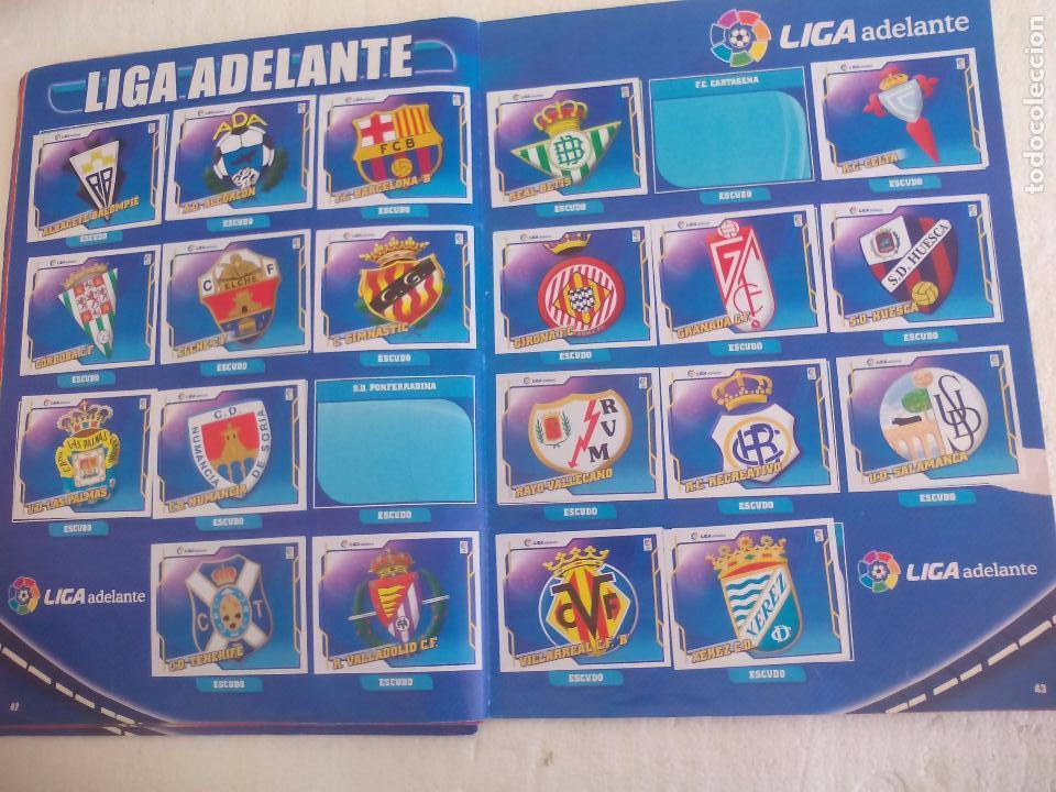 Coleccionismo deportivo: Album de Cromos Liga 2010 2011, Liga de Futbol, colecciones Este, Panini. Unos 300 cromos - Foto 23 - 92008840