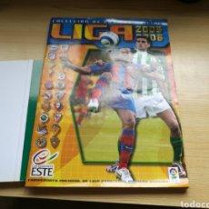 Coleccionismo deportivo: ÁLBUM DE FÚTBOL DE LA LIGA ESPAÑOLA. TEMPORADA 2005-06.EDICIONES ESTE. TIENE 193 CROMOS. Lote 94118192