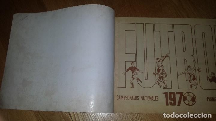 Coleccionismo deportivo: RUIZ ROMERO 1970 ALBUM VACIO SIN CROMOS. LIGA FUTBOL 1969 - 1970 - Foto 2 - 94781915