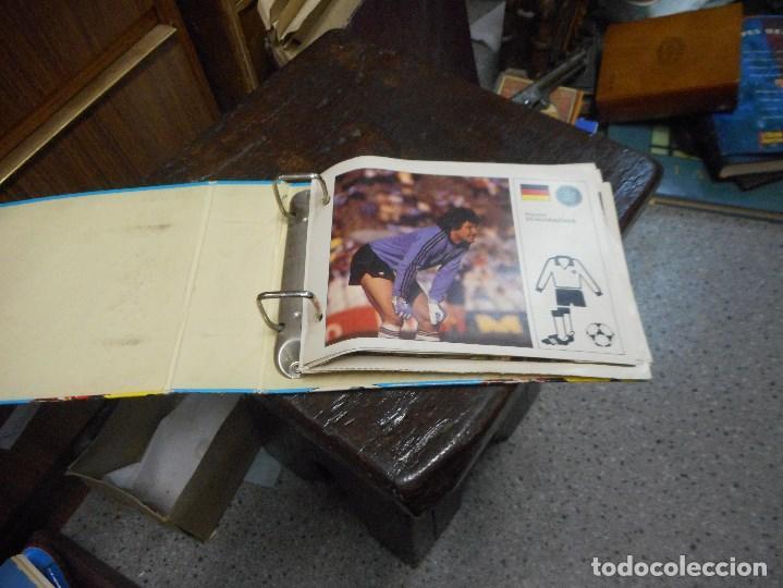 Coleccionismo deportivo: album futbol las estrellas del mundial 82 - Foto 2 - 99677523