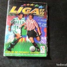 Coleccionismo deportivo: ALBUM 97-98 DE ESTE,PARA APROVECHAR CROMOS,( ROTO). Lote 103800763