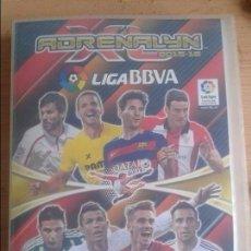 Coleccionismo deportivo: ALBUM CROMO ADRENALYN LIGA BBVA 2015-16 CON ARCHIVADOR ORIGINAL CON 532 CROMOS VER CONTENIDO. Lote 103881475