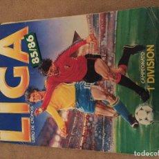 Coleccionismo deportivo: LIBRO DE CROMOS 85 86 LIGA FUTBOL CAMPEONATO 1 DIVISION ESPAÑOLA ALBUM CROMO KREATEN. Lote 111212359