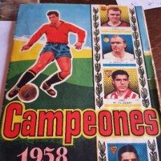 Coleccionismo deportivo: ÁLBUM CROMOS FÚTBOL CAMPEONES 1958 LAS MAS FAMOSAS FIGURAS DEL FÚTBOL ESPAÑOL. Lote 118629667