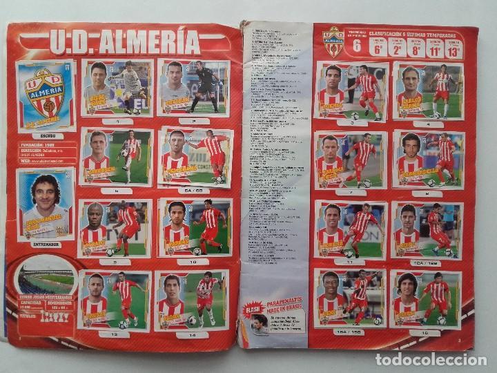Coleccionismo deportivo: ALBUM CROMOS FUTBOL LIGA 2010 2011, COLECCIONES ESTE, CONTIENE 492 CROMOS + 27 CROMO CHICLE - Foto 2 - 119930827