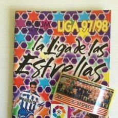 Coleccionismo deportivo: ÁLBUM VACÍO CHICLE LIGA 97/98 + 1 CROMOS. Lote 120831439