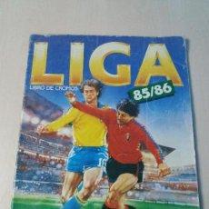 Coleccionismo deportivo: ALBUM FUTBOL EDICIONES ESTE 1985 1986 FUTBOL LIGA 85 86 CON 34 CROMOS. Lote 122655895