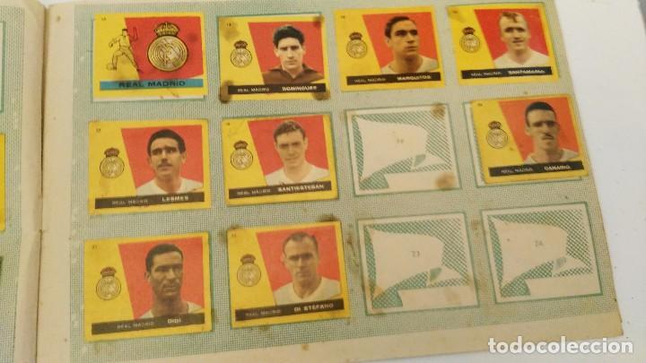Coleccionismo deportivo: ALBUM CAMPEONES LAS MAS FAMOSAS FIGURAS DEL FUTBOL ESPAÑOL 1960 , EDT BRUGUERA 1959- faltan 56 - Foto 4 - 124049451