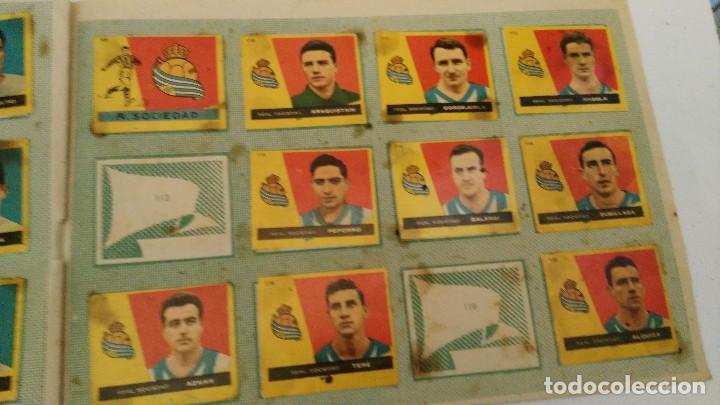 Coleccionismo deportivo: ALBUM CAMPEONES LAS MAS FAMOSAS FIGURAS DEL FUTBOL ESPAÑOL 1960 , EDT BRUGUERA 1959- faltan 56 - Foto 12 - 124049451