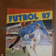 Coleccionismo deportivo: ALBUM FUTBOL 87 DE PANINI, 35 CROMOS. Lote 126568455