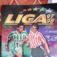 Coleccionismo deportivo: ALBUM LIGA 97-98. Lote 126668959