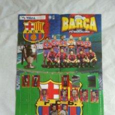 Coleccionismo deportivo: DIFÍCIL ÁLBUM PÓSTER CHICLES VIDAL F. C. BARCELONA LIGA 1997-1998, BARÇA 97-98: LUIS ENRIQUE, FIGO... Lote 132129366