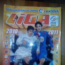Coleccionismo deportivo: ALBUM CROMOS FÚTBOL LIGA BBVA 2010 2011 TIENE MÁS DE 340 CROMOS. Lote 132612177