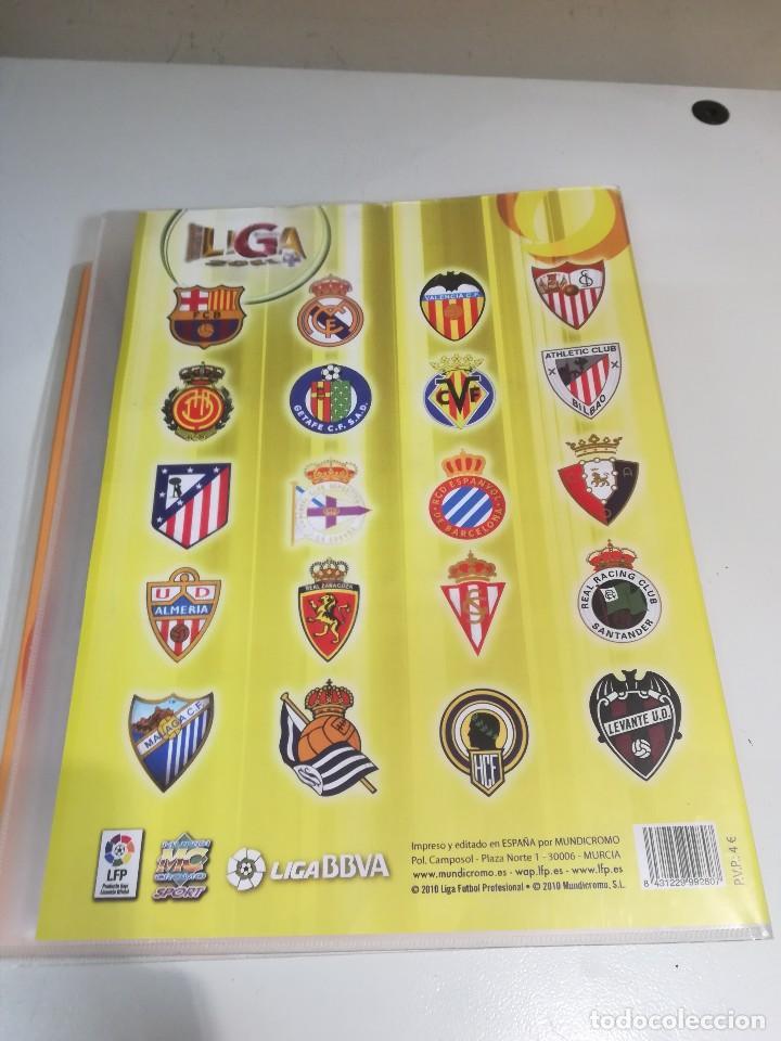 Coleccionismo deportivo: Album futbol mundicromo liga 2010-2011 276 cromos. - Foto 2 - 133686262