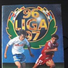 Coleccionismo deportivo: ALBUM LIGA ESTE 1996 1997. MUY BUEN ESTADO. 493 CROMOS. VER IMÁGENES. Lote 140469194