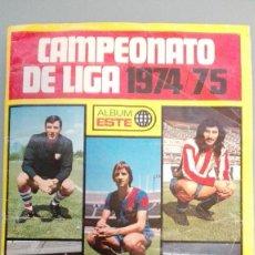 Coleccionismo deportivo: ALBUM FUTBOL EDIC ESTE TEM 1974 1975 74 75 CASI COMPLETO 285 CROMOS UNO X CASILLA PEG EN VENTANILLA. Lote 141637422