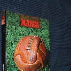 Coleccionismo deportivo: EL SIGLO DEL FUTBOL, MARCA, ALBUM SIN CROMOS, TIENE LA ENTREGA Nº 1 SIN PEGAR. Lote 142716446