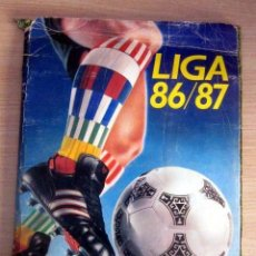 Coleccionismo deportivo: LIGA 86 87 EDICIONES ESTE ALBUM CASI COMPLETO. Lote 143057066
