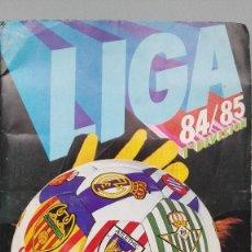 Coleccionismo deportivo: ALBUM FUTBOL EDICS ESTE 84 85 1984 1985 CASI COMPLETO FALTAN 3 CROMOS INCLUYE 33 FICHAJES PERFECTO. Lote 143378002