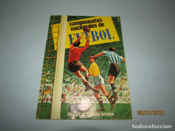 ANTIGUO ÁLBUM CAMPEONATOS NACIONALES DE FUTBOL 1968 DE RUIZ ROMERO (Coleccionismo Deportivo - Álbumes y Cromos de Deportes - Álbumes de Fútbol Incompletos)