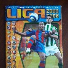 Coleccionismo deportivo: ALBUM DE CROMOS LIGA FUTBOL ESTE 2005/2006 05/06 BASTANTE COMPLETO. Lote 147714910