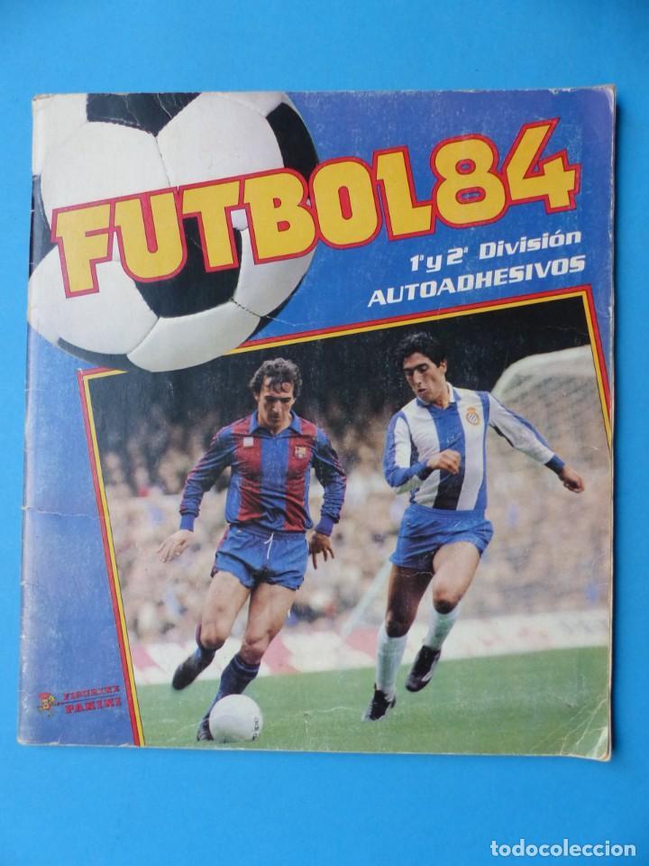 ALBUM FUTBOL 84 - PANINI - TIENE 124 CROMOS - VER DESCRIPCION Y FOTOS (Coleccionismo Deportivo - Álbumes y Cromos de Deportes - Álbumes de Fútbol Incompletos)