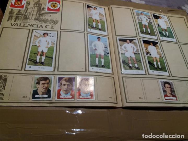 Coleccionismo deportivo: ALBUM CAMPEONATOS NACIONALES DE FUTBOL 1971 - 1972, 71 - 72. TIENE 240 CROMOS. - Foto 3 - 150956818