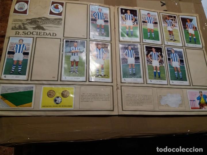 Coleccionismo deportivo: ALBUM CAMPEONATOS NACIONALES DE FUTBOL 1971 - 1972, 71 - 72. TIENE 240 CROMOS. - Foto 5 - 150956818