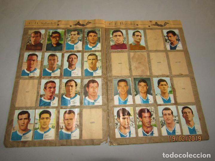 Coleccionismo deportivo: Antiguo Álbum Campeonato de Liga 1966 1967 , FHER DISGRA - Foto 7 - 152364354