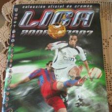 Coleccionismo deportivo: FÚTBOL LIGA ESTE 2006-2007. INCOMPLETO LEER DESCRIPCIÓN CROMO MESSI. Lote 156703742