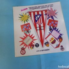 Coleccionismo deportivo: ALBUM ESCUDOS ADHESIVOS ORO 1972,CON 12 CROMOS,. Lote 159622818