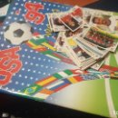 Coleccionismo deportivo: ALBUM USA 94 VACIO Y 36 CROMOS NUEVOS DE ITALIA 90. Lote 160041814