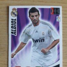 Coleccionismo deportivo: FÚTBOL ALBIOL REAL MADRID ADRENALYN XL 2009 2010 PANINI. Lote 194394463