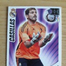 Coleccionismo deportivo: FÚTBOL CASILLAS REAL MADRID ADRENALYN XL 2009 2010 PANINI. Lote 194395078