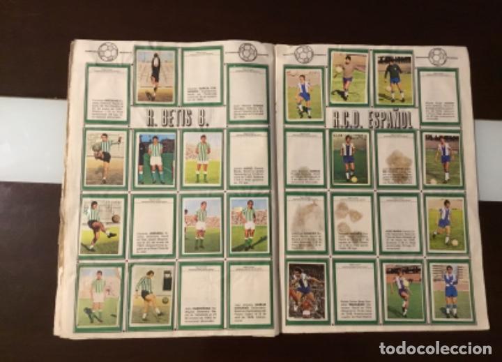 Coleccionismo deportivo: Álbum fútbol campeonato de liga 1975 - Foto 17 - 165563010
