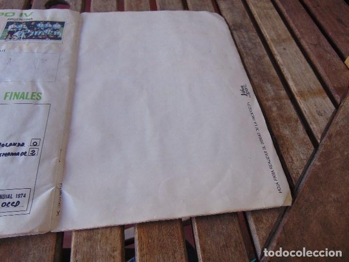 Coleccionismo deportivo: ALBUM DE FUTBO 1974 XIBECA SPORT CERVEZAS DAMM PRIMERA DIVISION SELECCIONES DE MUNICH - Foto 23 - 175569674