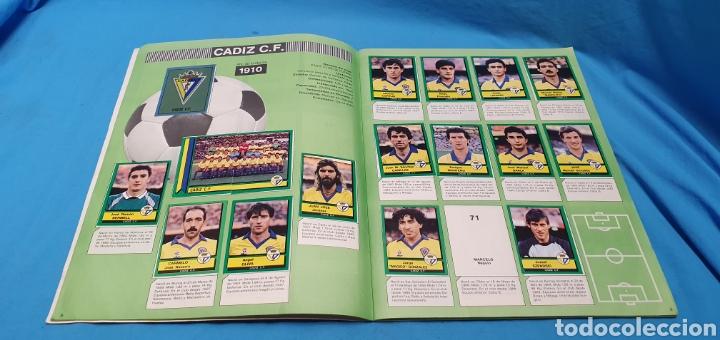 Coleccionismo deportivo: Album de cromos panini futbol 90 incompleto con póster completo en el interior - Foto 6 - 175769604