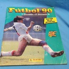 Coleccionismo deportivo: ALBUM DE CROMOS PANINI FUTBOL 90 INCOMPLETO CON PÓSTER COMPLETO EN EL INTERIOR. Lote 175769604