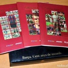 Coleccionismo deportivo: CAJA FORRADA DE CUERO+3 ALBUMES SIN CROMOS - BARÇA, CENT ANYS DE RECORDS - EL PERIÓDICO 1999.. Lote 175784542