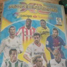 Coleccionismo deportivo: ALBUM ADRENALYN 17 18 PANINI CON 485 CROMOS DIFERENTES (LEER DESCRIPCIÓN). Lote 176511667