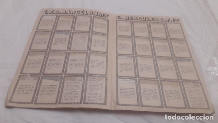 Coleccionismo deportivo: ÁLBUM DE LA LIGA 1976-77 DE ESTE VACÍO - Foto 5 - 179097607